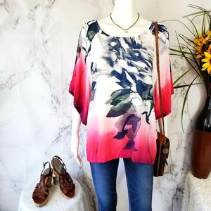 NWT! Karen Kane beautiful dolman sleeve blouse